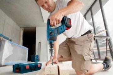 Bosch Professional GBH 18 V-LI Compact Bohrhammer, 1,0 J Schlagenergie, 4 - 12 mm Bohr-Ø, 2,1 kg Gewicht inkl. Akku, L-BOXX, Schnelllader, 2 x 1,5 Ah Li-Ion Akku -